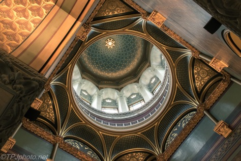 Inside Connecticut Capital Dome