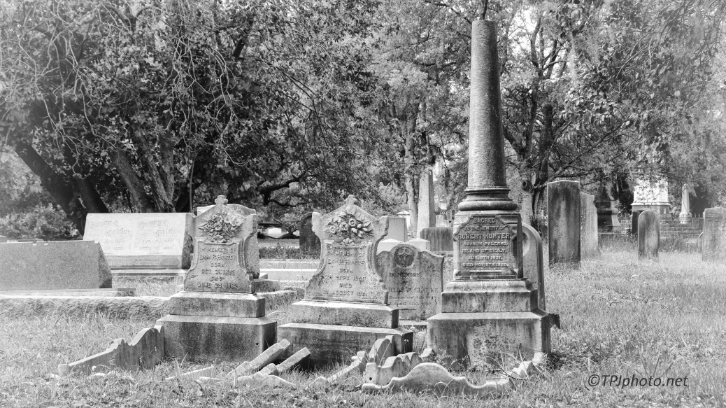 Headstones, Kodak 125 PXpro Filter - Clieck To Enlarge