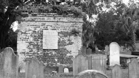 Circular Church Graveyard, Charleston - Click To Enlarge