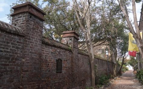 Philadelphia Alley, Charleston SC - click to enlarge