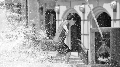 In A City Fountain - click to enlarge