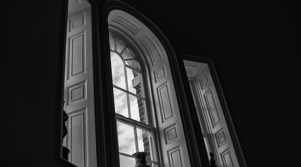 Charleston Grand House - click to enlarge