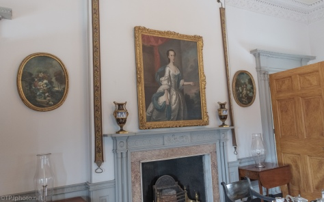 A Sitting Room - click to enlarge