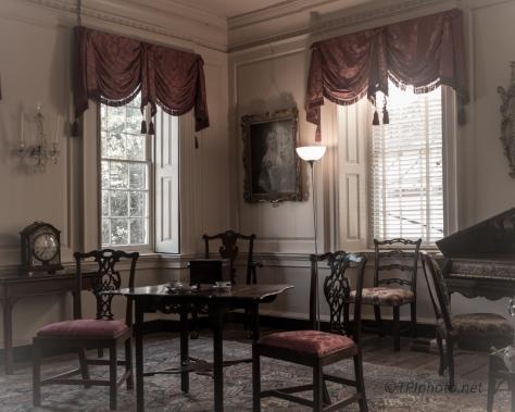 Wandering An Old House, Charleston