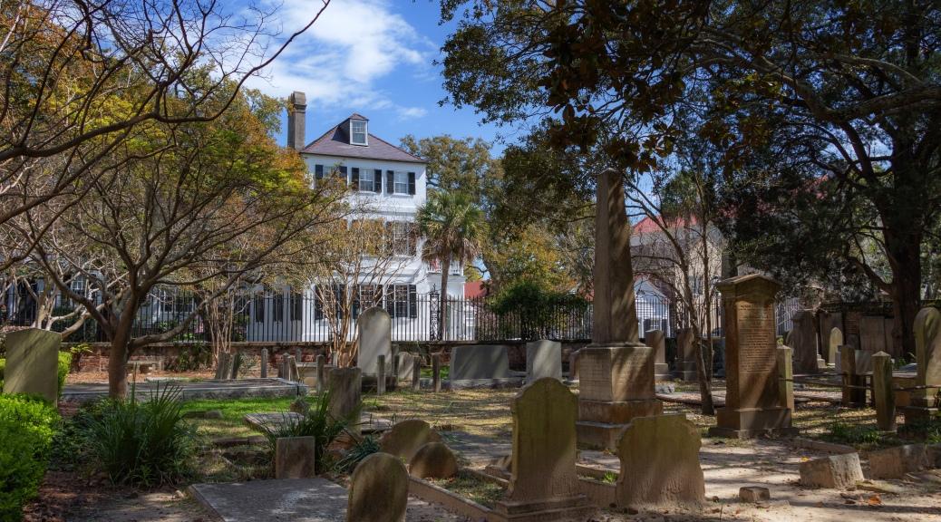 A Charleston Church Graveyard