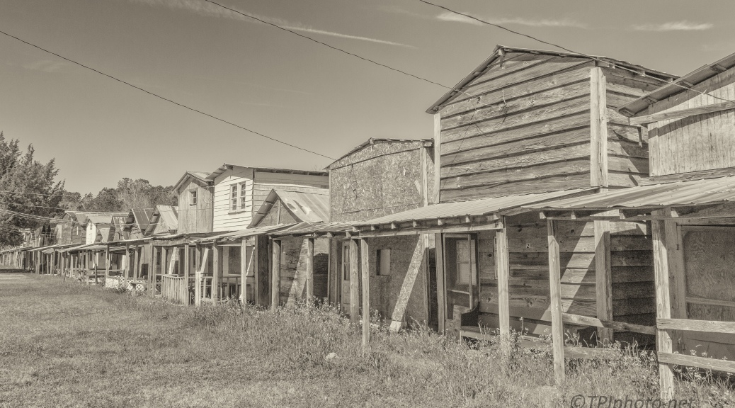 Working In Sepia, Cabins