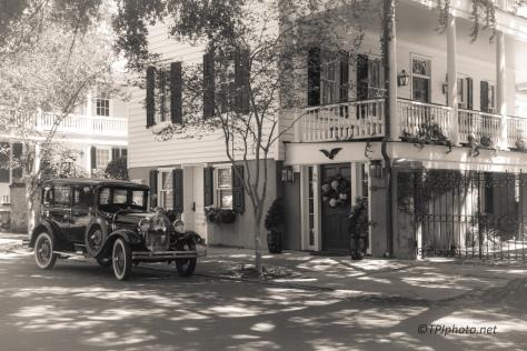 So Very Charleston